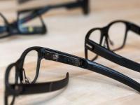 英特尔推智能眼镜Vaunt:外观与普通眼镜几乎没区别